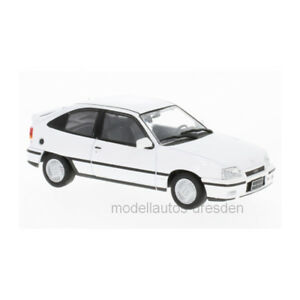 Whitebox-WB232-Opel-Kadett-E-Gsi-White-Scale-1-43-216004-New