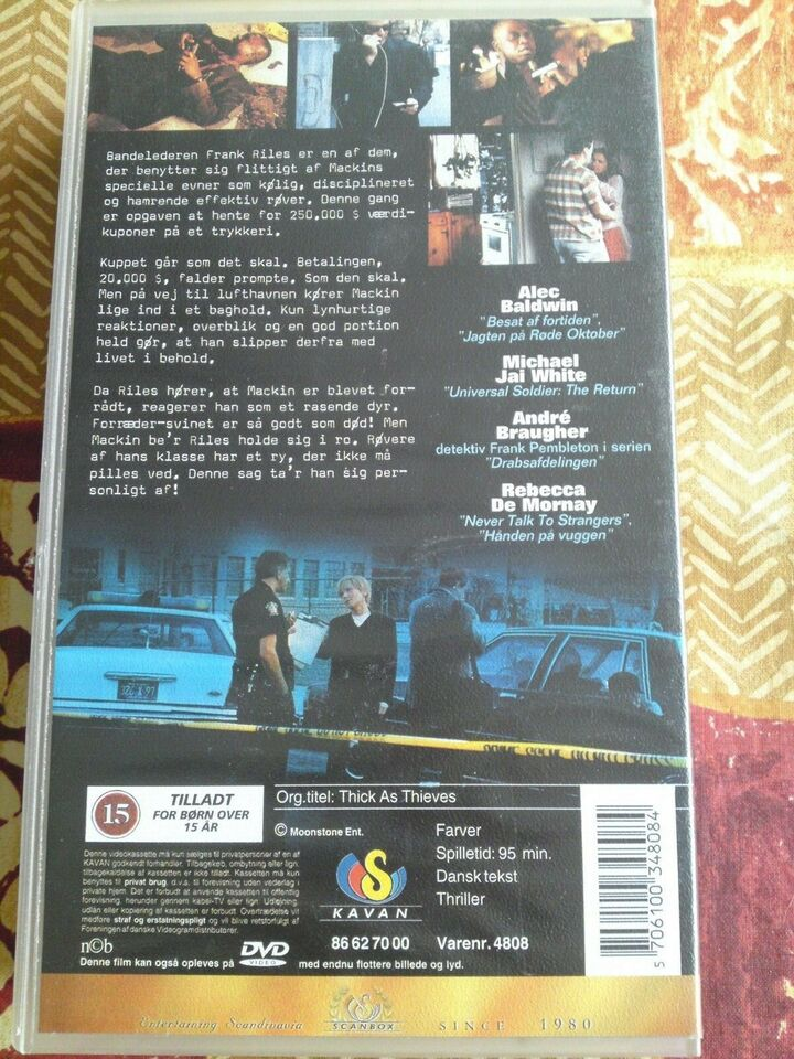 Thriller, Byttedyr (thick as thieves), instruktør scott