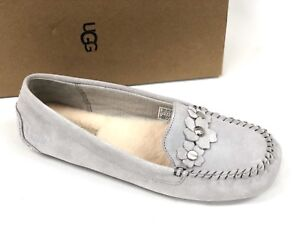 0eb3485ce31 Details about Ugg Australia Women's LIZZY POPPY Grey Violet 1097113 Casual  Flower Moccasins