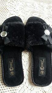 Size-3-bn-black-furry-slippers-lovely-Christmas-gift