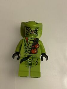 Ninjago lego mini figure GREEN SNAKE LASHA 9562 9447
