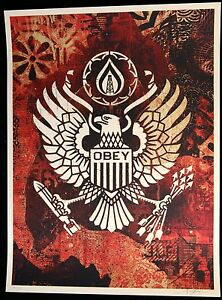 """Shepard Fairey Keep it Underground Screenprint signée n/450 Obey Giant Comme neuf-  afficher le titre d'origine - France - SCREENPRINT BY SHEPARD FAIREY SERIGRAPHIE DE SHEPARD FAIREY SERIGRAPHIE VON SHEPARD FAIREY TITEL / TITRE / TITEL: KEEP IT UNDERGROUND SIZE / TAILLE/ GRÖSSE : 61 X 46 CM 24"""" X 18"""" HANDSIGNED ON THE FRONT AND DATED 2015 SIGNEE A LA MAIN ET DATEE 2 - France"""