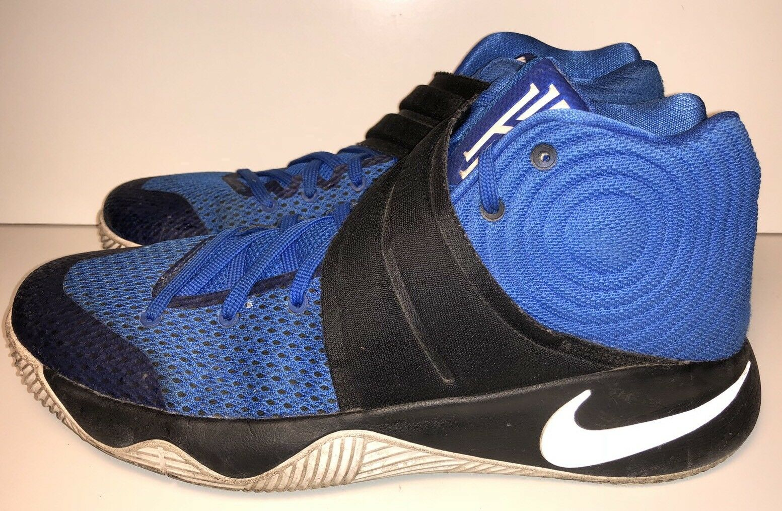 Nike 819583-444 Kyrie 2 Brotherhood Size 11.5 Hyper Cobalt/White-Black 819583-444 Nike 90e302