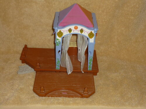 Fisher Price Loving Family Dollhouse Gazebo with Deck Lights /& Music Sounds