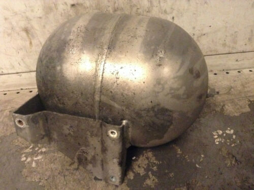 Mercedes-Benz S Class W220 AIR SUSPENSION RESERVOIR TANK CHAMBER used 2203200215