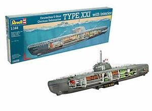 U-Boat-XXI-Type-with-Interior-1-144-Revell-Model-Kit