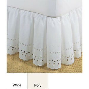 beautiful white or ivory ruffle vintage romantic 14 bed skirt king queen full ebay. Black Bedroom Furniture Sets. Home Design Ideas