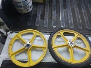 Mid-70-039-s-BMX-Mongoose-Wheels