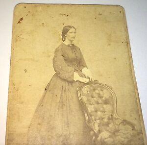 Antique-Victorian-American-Civil-War-Era-Fashion-Woman-Bangor-Maine-CDV-Photo