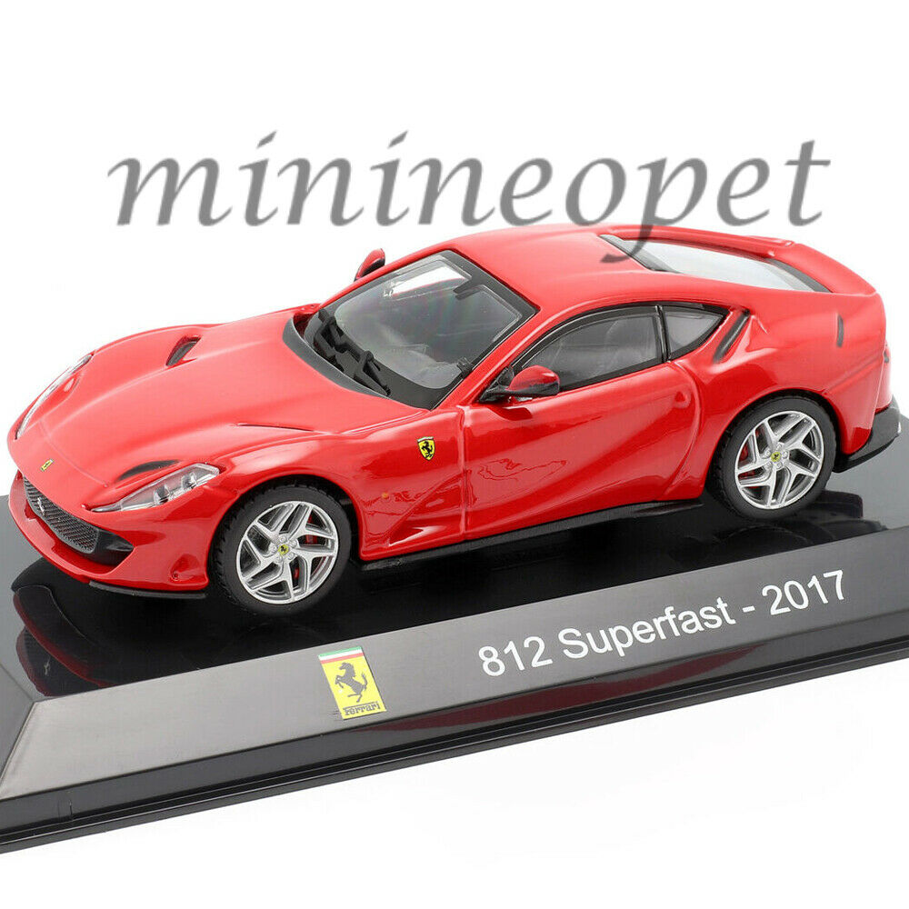 1:43 Bburago Signature Serie Ferrari 812 Superfast 2017 red