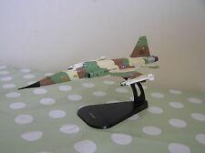 ITALERI Fabbri 1:100 AG017 F-5E/F TIGER II USA Modello Diecast aerei militari