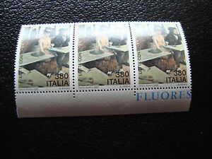 Italy-Stamp-Yvert-and-Tellier-N-1749-x3-N-Z9-Stamp-Italy