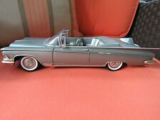 Road Signature 1:18 Scale Die Cast 1959 Buick Electra 225 Convertible Silver
