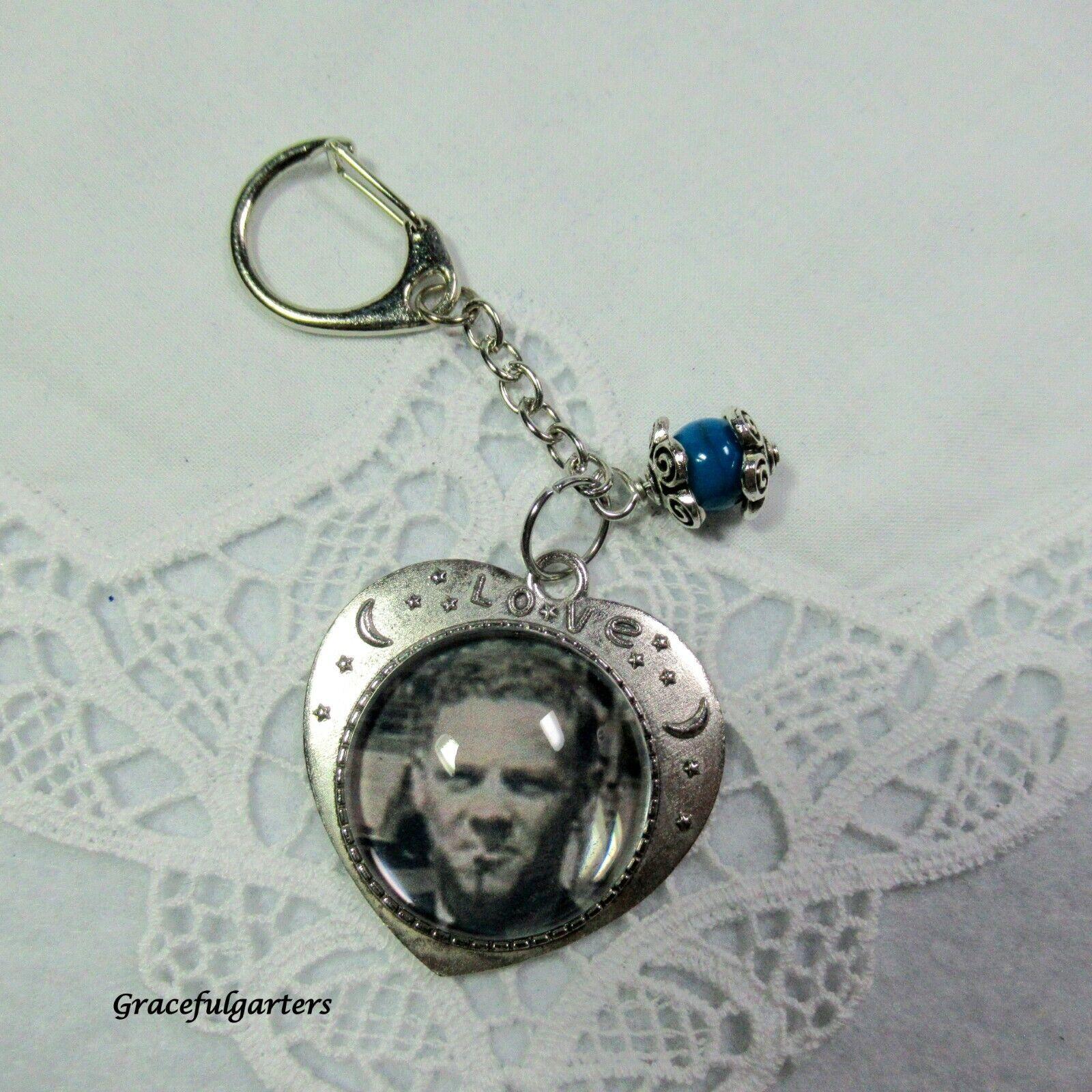 Memory Photo Charm Keyring/Bridal Photo Bouquet pin/Boutonniere Charm pin.