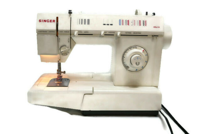 Singer Sewing Machine School Model 5830c For Clroom Use And Teaching