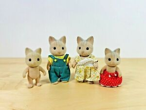Sylvanian-Families-Cat-Wood-Cat-Family-Set-Bob-Kitty-Thomas-Tabitha-1989-Vintage