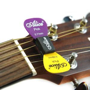 Alice-Guitar-Bass-Pick-Holder-Black-Rubber-Pics-Case-On-Headstock-2-FREE-Picks