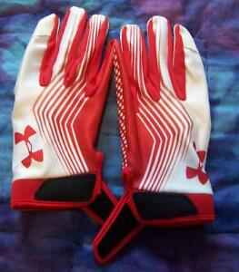 UA Blur II Men's Skill Football Gloves -NEW -crazy sticky -3 sizes/2colors (G07)
