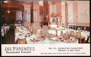 NYC-NY-Les-Pyrenees-French-Restaurant-Vintage-Dining-Room-View-Old-City-Postcard