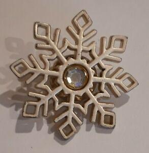 Vintage-Snow-Flake-Brooch-Pin