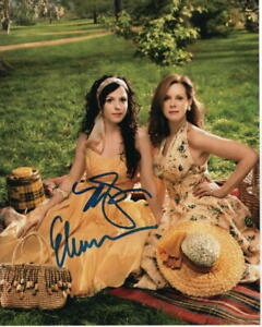 ELIZABETH-PERKINS-amp-MARY-LOUISE-PARKER-SIGNED-AUTOGRAPH-8X10-PHOTO-WEEDS
