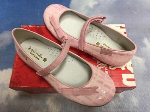 Garvalin Pink Leather Hook & Loop Flat Mary Janes Size 35 / US Kid Size 3-3.5