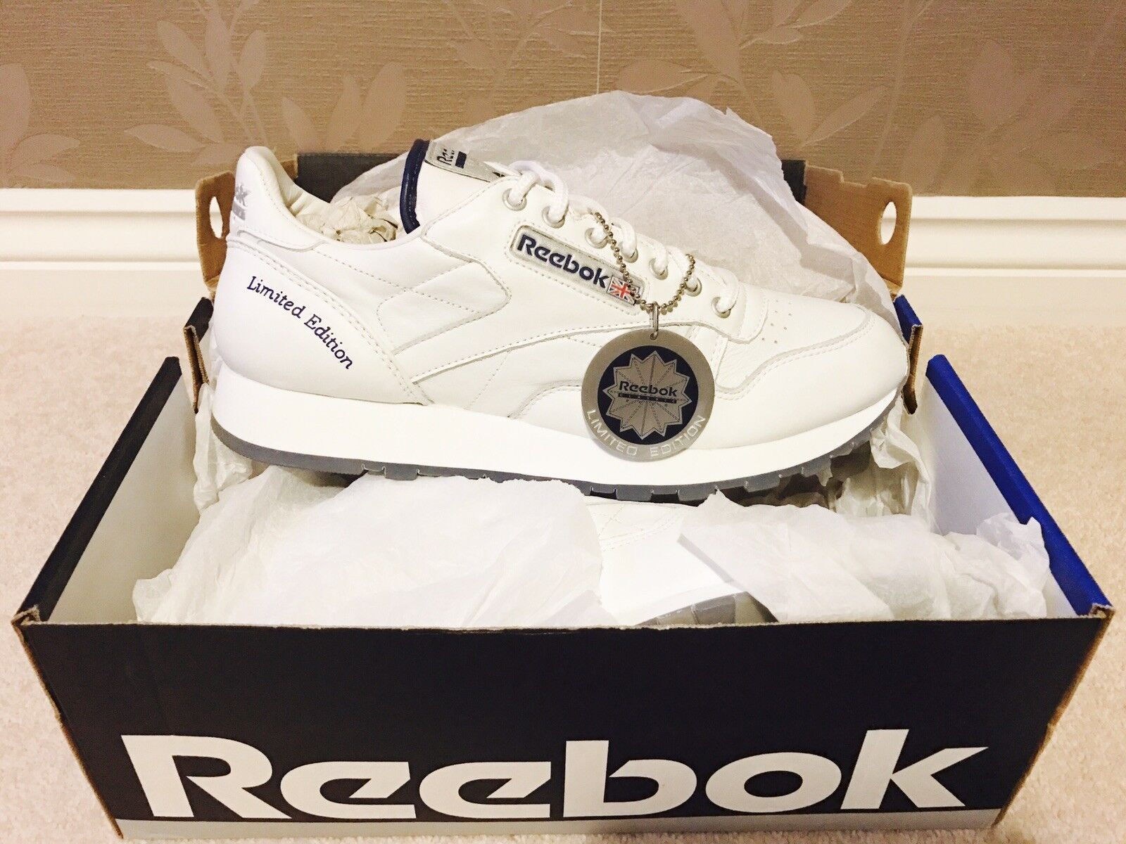 Reebok Classic Millenium Trainers 2000 NEW Vintage Retro LIMITED EDITION Size 9