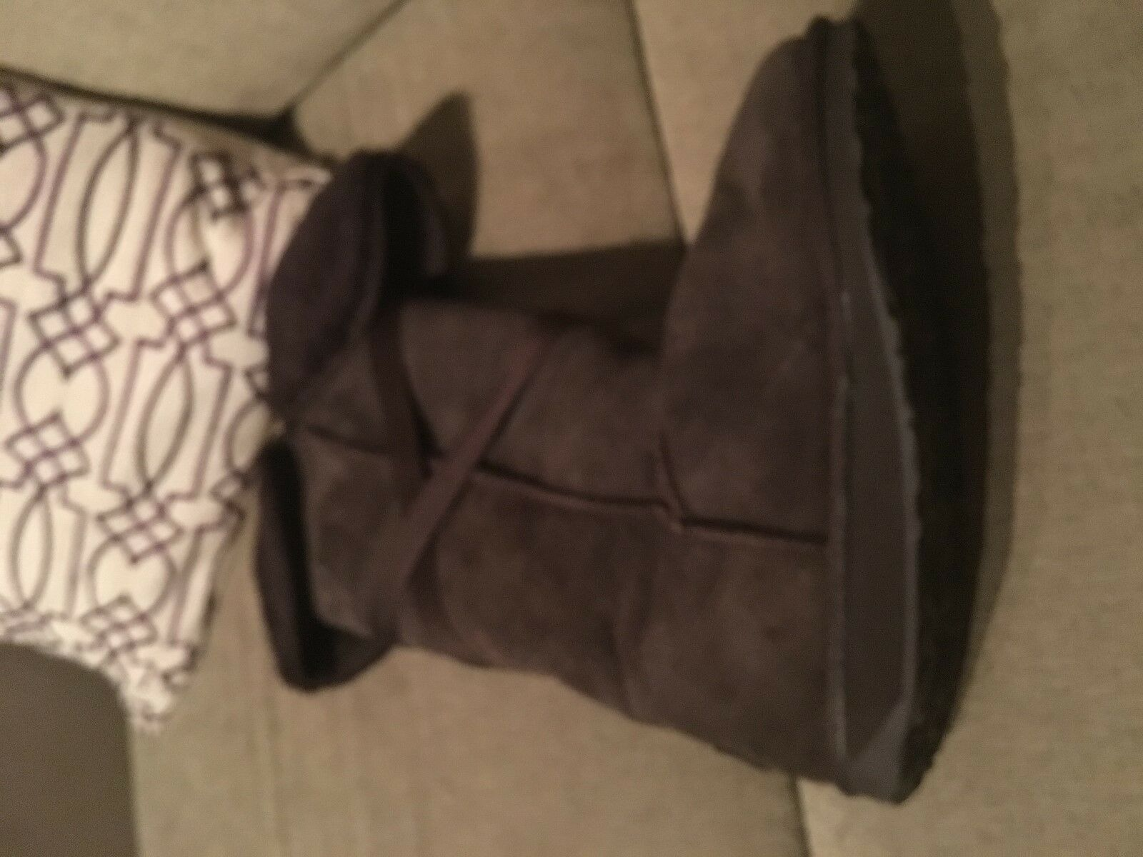 EMU brand sz 9 shearling boots in Brown seude w  bow accent. FREE shipping