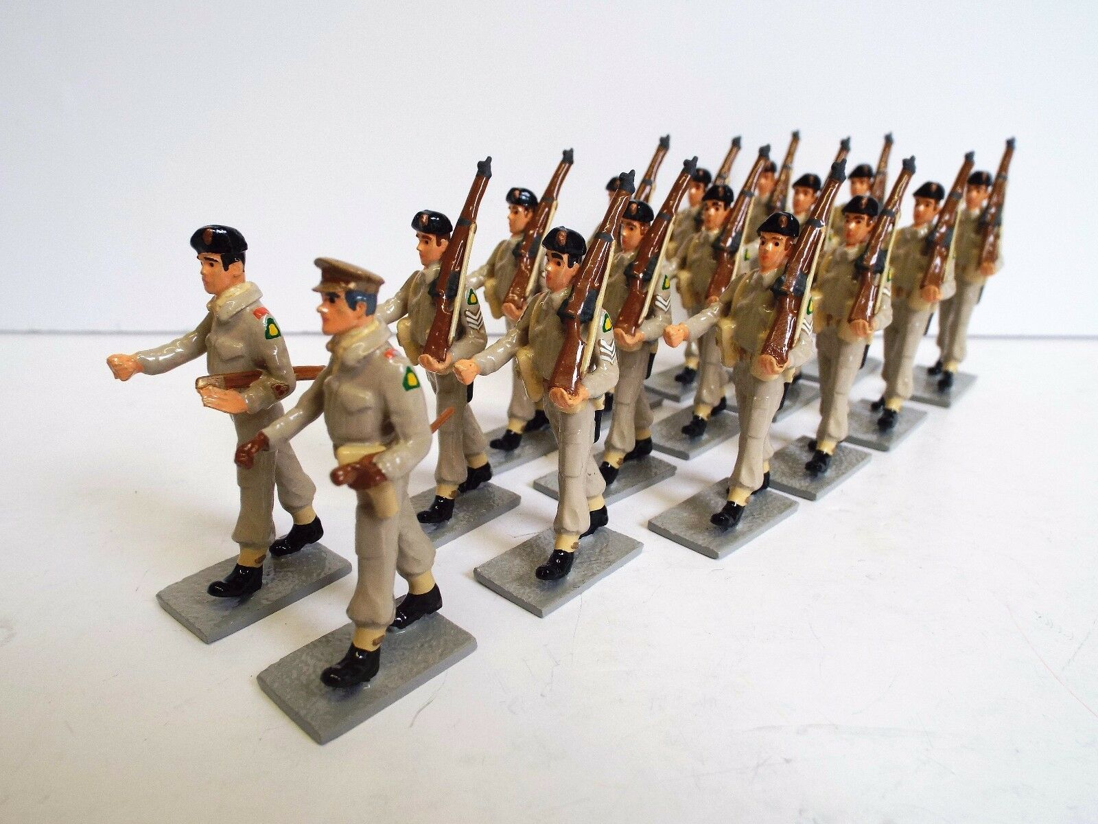 FUSILIER MINIATURES X15 KIMBERLY REGIMENT RIFLES 1946 PARADE LOOSE (BS2023)