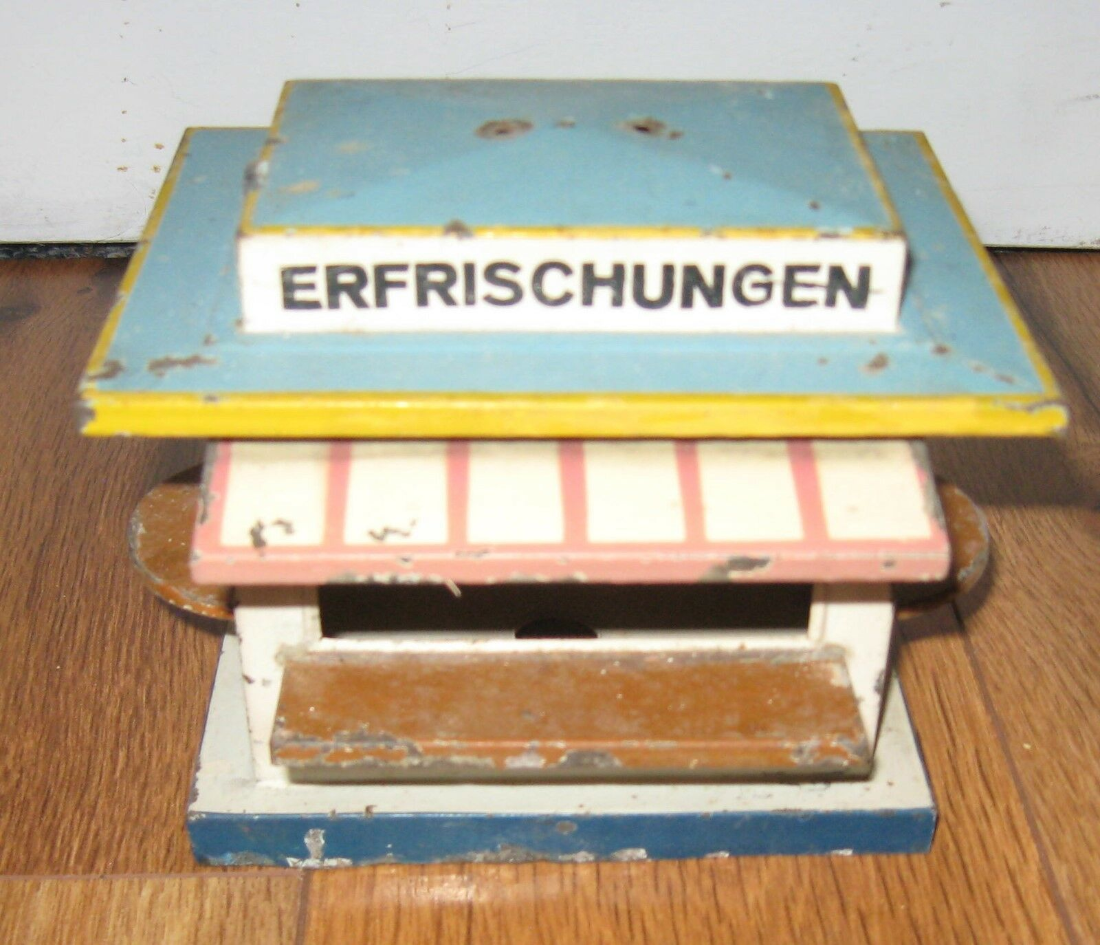 Bing O Gauge Refreshment Station Stand  Antique Rare Prewar Kiosk Marklin Bub KB