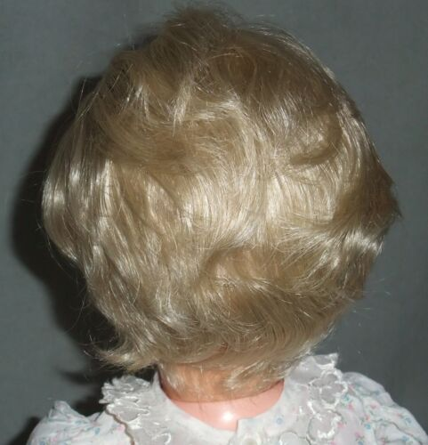 Side Part BOY or GIRL Medium Blonde  BETH STYLE Short Wavy DOLL WIG Size 16