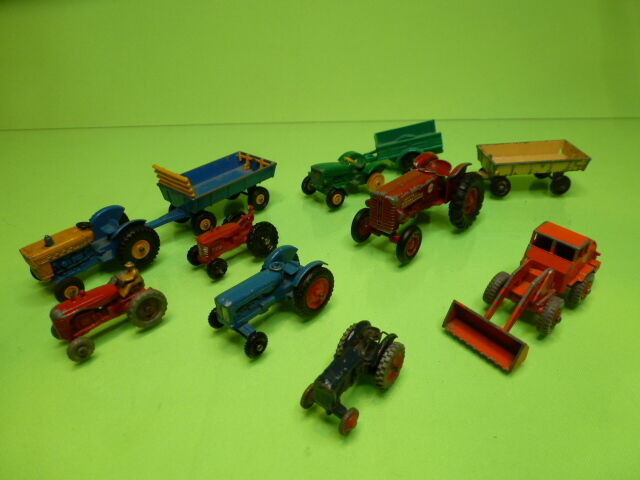 LOT of FARM VEHICLES LESNEY MATCHBOX SIKU TRACTORS WAGONS BULLDOZER - NICE COND