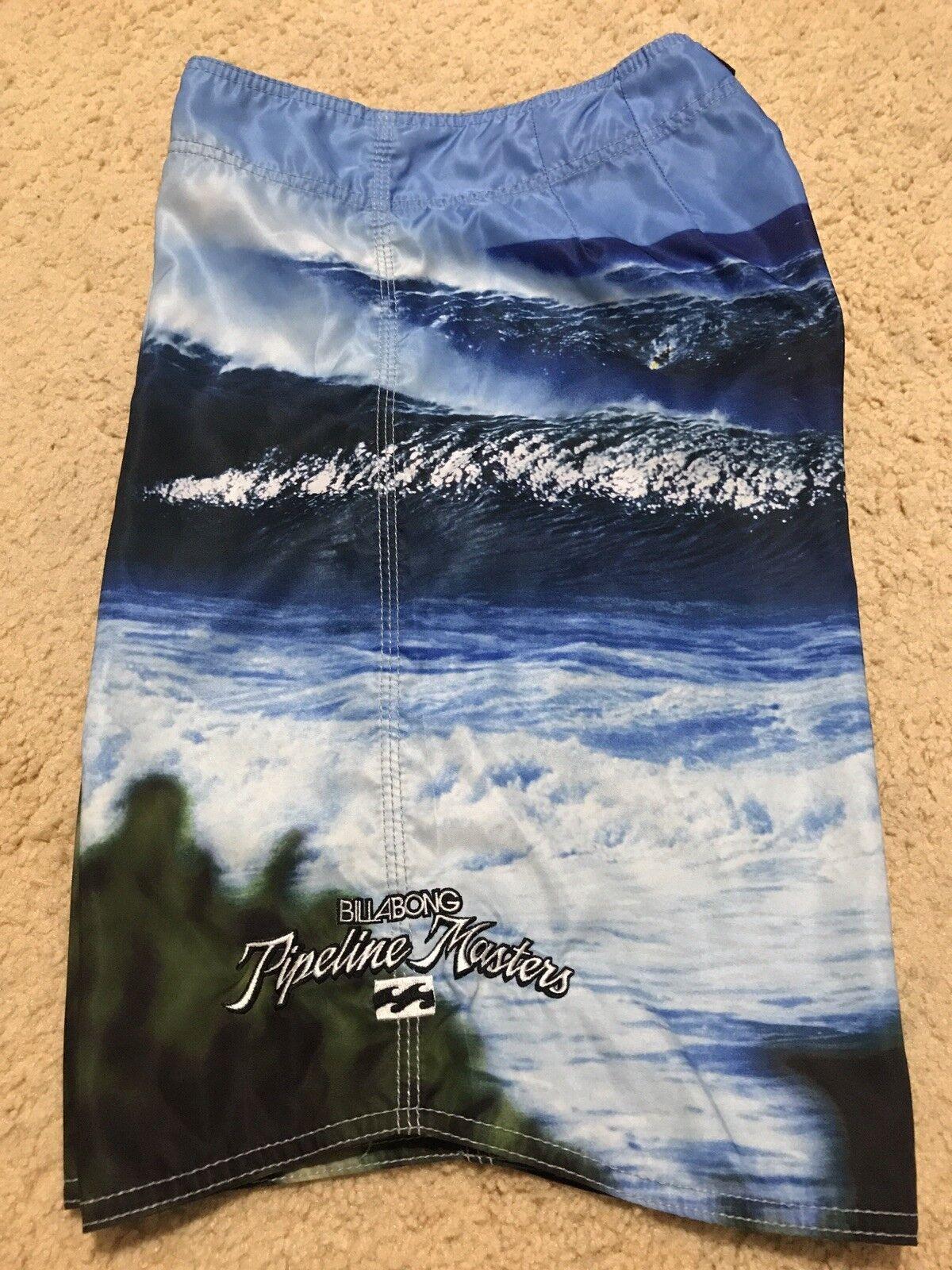 BILLABONG PIPE MASTERS VANS TRIPLE CROWN OF SURFING 34 RARE BOARD SHORTS HAWAII