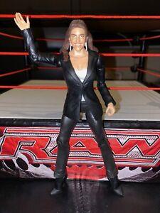 Stephanie-McMahon-Basic-Series-51-RARE-WWE-Mattel-Wrestling-Figure