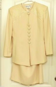 ab6fb079e8199 VGUC Christian Dior Women s Size 8 Lace Embellished Cream Blazer ...