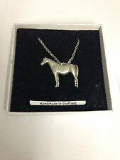 "Arab Horse E08 Horse & Equestrian Emblem on Silver Platinum Plated Necklace 18"""