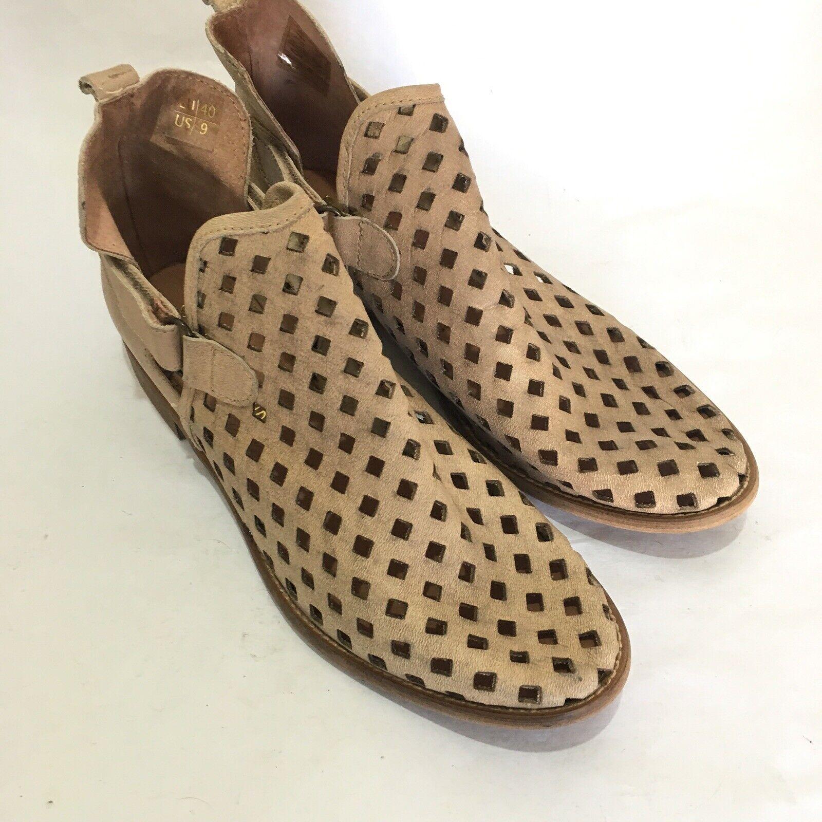 Musse & Cloud Womens Size 9 Calia Laser Cut Boots Tan Casual Ankle Bootie shoes