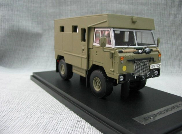 1 43 Land Rover off -road 101 Militära pansarfordon Die Cast modelllllerler