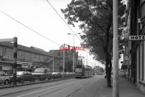 PHOTO-1990-NETHERLANDS-DEN-HAAG-TRAM-HTM-HOLL-SPOOR-TRAM-NOS-3005-ON-ROUTE-NO