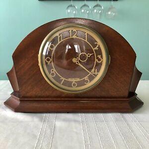 Mid-1940s Seth Thomas electric Art Deco mantel clock - works great!