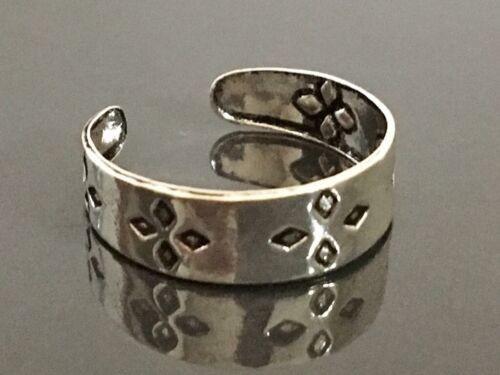 Genuine 925 Sterling Silver Toe Ring Adjustable Diamond Shape Flower Oxidised