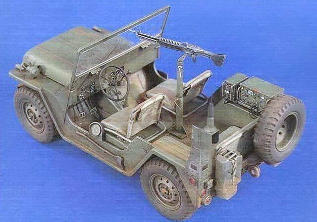 Verlinden 120mm 1 15 M151 Ford MUTT ¼Ton 4x4 US Jeep (Early) w Engine Detail 985