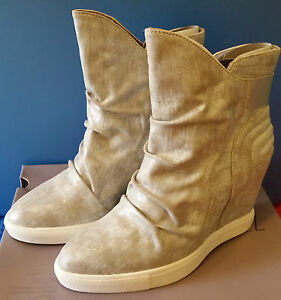 1e26ce60508c NEW Womens Jennifer Lopez Silver Wedge Ankle Boots Heel 6.5 7 9.5 ...