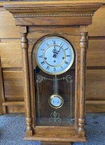 Vintage-Ridgeway-Wall-Clock-Chimes-Franz-Hermle-Made-In-Germany