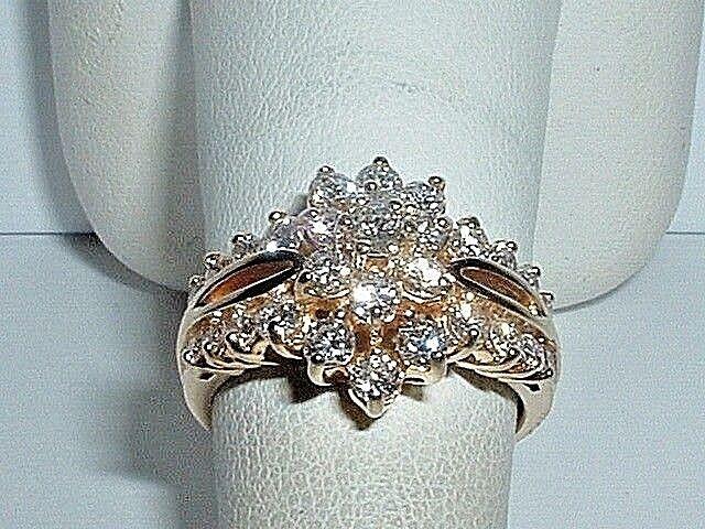 14K YELLOW gold LADIES 1.25 ct. DIAMOND CLUSTER  RING