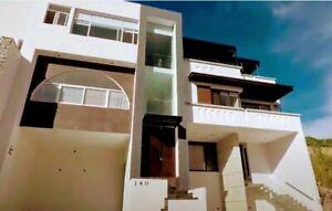 Casa en venta- Lomas de punta del este-Leon Gto