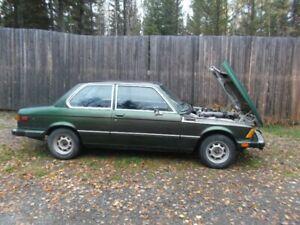 1979 BMW 320i 4spd manual Runs & Drives Great, good condition!
