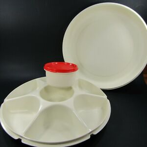 Tupperware-Large-Vegetable-Veggie-Divided-Party-Tray-Set-Almond-Red-1665-1666