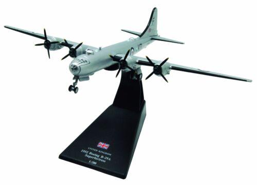 Amercom LB-19 Boeing B-29 Superfortress diecast 1:200 model