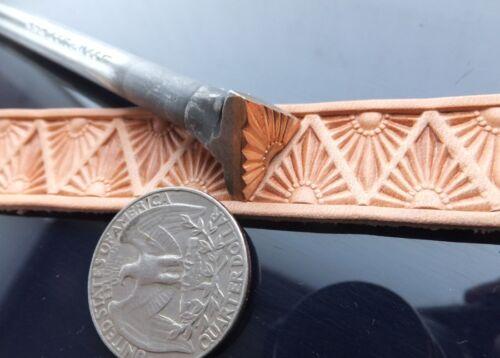 013-30 Sunrise big border Leather Stamp Brass collectibiles